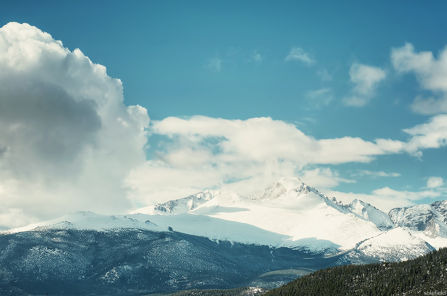 Snow covered mountain in Rocky Mountain National Park