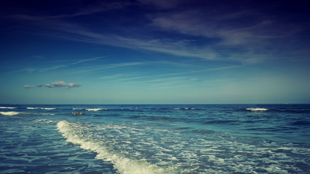 blue ocean view at cocoa beach florida